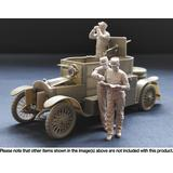 1/35 Belgian Armoured Car Crewman With Binoculars
