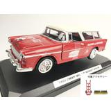 1/24 Chevrolet Nomad 1955 with Metal Handcart & 2 Bottle Cases