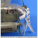 1/48 Siebel Si 204/Aero C-3 Airman (Cleaning Canopy Glazing)
