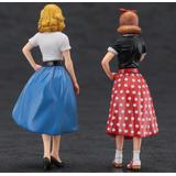 1/24 1950s American Girls Figure