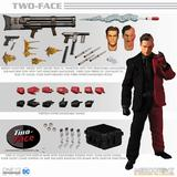 1/12 One 12 Collective / DC Comics: Two Face Action Figure