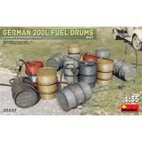 1/35 German 200l Fuel Drums WW2